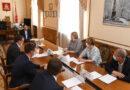 В администрации региона обсудили ход строительства школы в Соловьиной роще